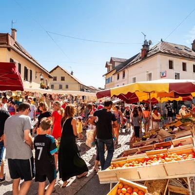 Le marché dominical de Chorges