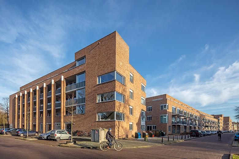 Appartementen Dasselaarstraat, Erfgooiersstraat, Van Dijkstraat en Verschurestraat